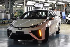 De eerste brandstofcel auto van Toyota.
